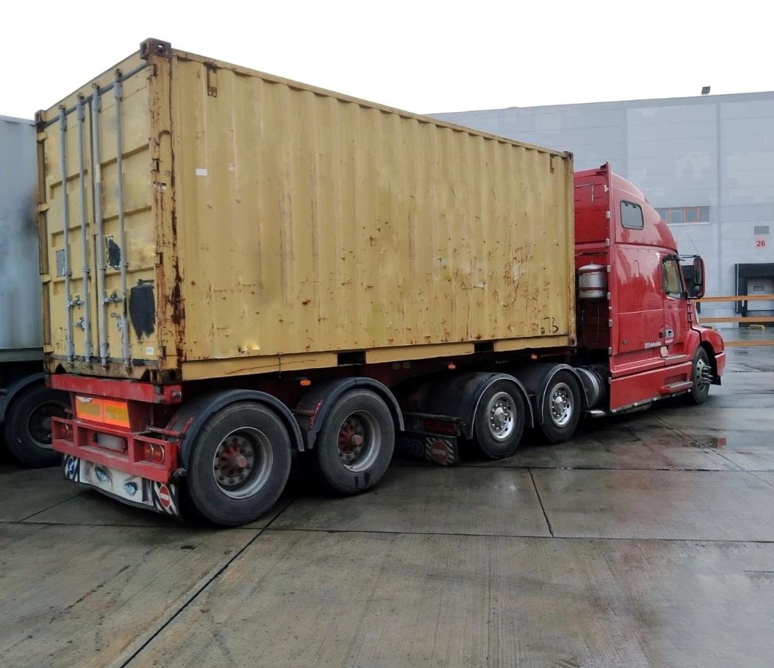 Автомобиль для перевозка груза 10 тонн